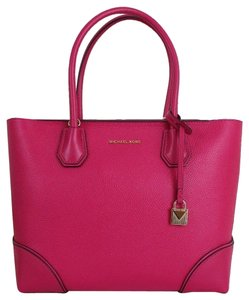 3cfa353532d6 Michael Kors Tote in Ultra Pink · Michael Kors. Mercer Gallery Medium East/ West ...