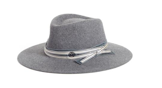 Preload https://img-static.tradesy.com/item/23670355/maison-michel-knock-on-grey-charles-fur-felt-size-m-in-hat-0-0-540-540.jpg