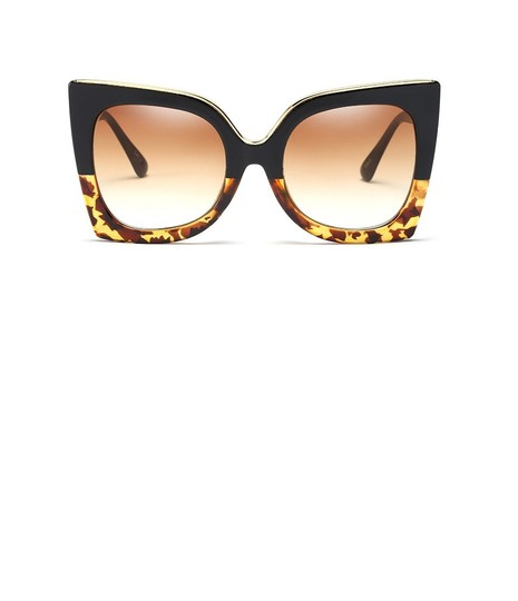 Preload https://img-static.tradesy.com/item/23670838/black-and-brown-leopard-square-sunglasses-0-0-540-540.jpg
