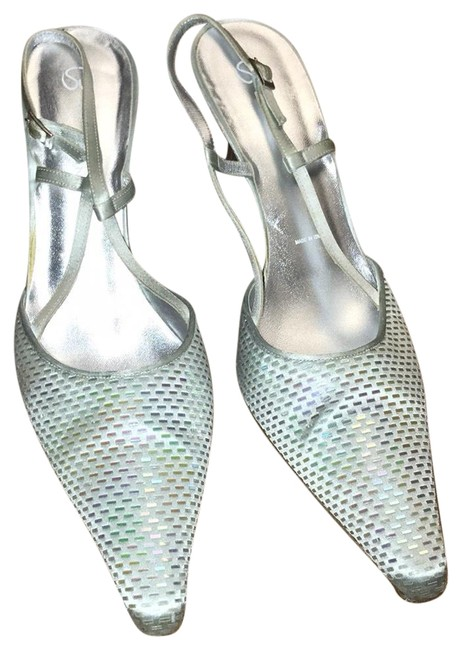 Item - Silver Satin & Pailette Sling Backs Pumps Size US 10.5 Regular (M, B)
