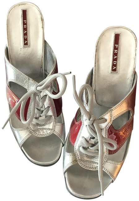Item - Silver with Red Sandals Size EU 38 (Approx. US 8) Regular (M, B)