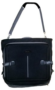 1c0685d073a6 Eddie Bauer Bags - Up to 90% off at Tradesy