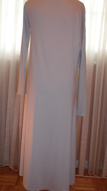 BCBGMAXAZRIA Gray Stretch Fabric Perfect For All Occas Long Night Out Dress Size 6 (S) BCBGMAXAZRIA Gray Stretch Fabric Perfect For All Occas Long Night Out Dress Size 6 (S) Image 4
