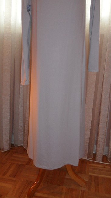 BCBGMAXAZRIA Gray Stretch Fabric Perfect For All Occas Long Night Out Dress Size 6 (S) BCBGMAXAZRIA Gray Stretch Fabric Perfect For All Occas Long Night Out Dress Size 6 (S) Image 6