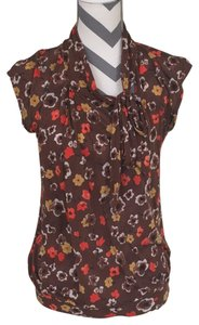 Waverly Grey T Shirt Brown with yellow and red floral design