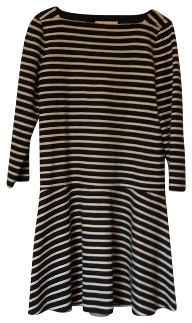 Preload https://img-static.tradesy.com/item/23679410/tory-burch-navy-and-white-striped-drop-waist-short-casual-dress-size-4-s-0-1-650-650.jpg
