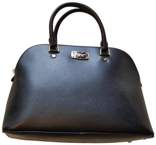 Preload https://img-static.tradesy.com/item/23679607/michael-kors-cindy-large-dome-black-saffiano-leather-satchel-0-1-540-540.jpg