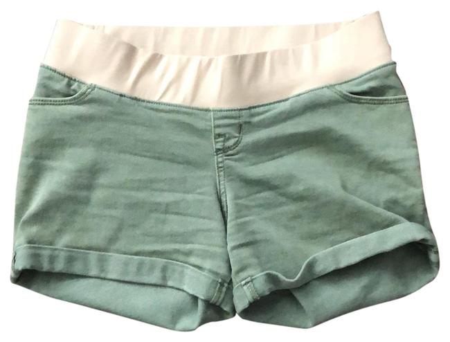 Preload https://img-static.tradesy.com/item/23679701/liz-lange-maternity-faded-green-cuffed-maternity-shorts-size-2-xs-0-1-650-650.jpg