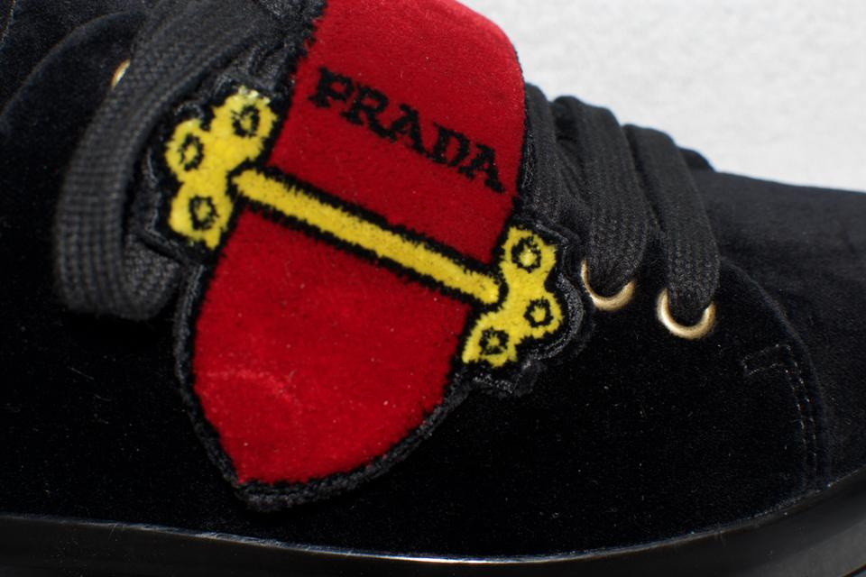 3f512b506384e5 prada-cahier-black-red-velvet-sneakers-sneakers-size-us-75-regular-m-b-7-3-960-960.jpg