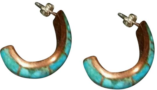 Preload https://img-static.tradesy.com/item/23680019/turquoise-and-copper-vtg-earrings-0-4-540-540.jpg
