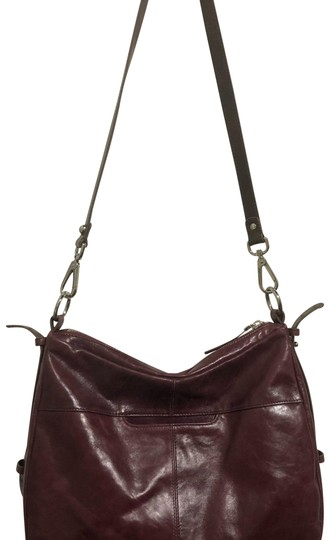 Preload https://img-static.tradesy.com/item/23680168/burgundy-leather-hobo-bag-0-1-540-540.jpg