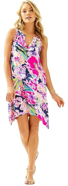 Preload https://img-static.tradesy.com/item/23680170/lilly-pulitzer-havana-swing-essie-short-casual-dress-size-00-xxs-0-2-650-650.jpg