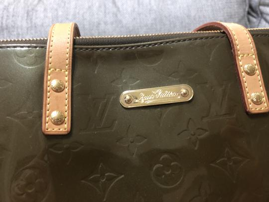 Louis Vuitton Vernis Bellevue Gm Cross Body Bag