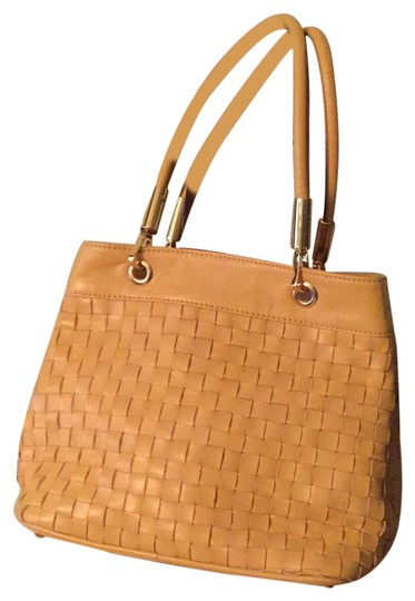 Preload https://img-static.tradesy.com/item/23680232/italian-handbag-golden-yellow-woven-leather-satchel-0-1-540-540.jpg