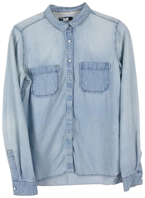 Preload https://img-static.tradesy.com/item/23680238/urban-outfitters-blue-bdg-denim-chambray-button-down-top-size-0-xs-0-1-650-650.jpg