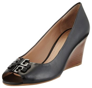 e580fa27c24c Women s Tory Burch Shoes - Up to 90% off at Tradesy