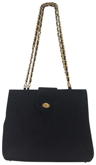 Preload https://img-static.tradesy.com/item/23680344/bally-quilted-chain-black-suede-leather-shoulder-bag-0-1-540-540.jpg