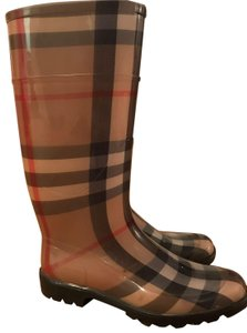 Burberry Brown/Plaid Boots