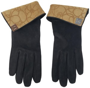 Chanel Black suede Chanel interlocking CC logo gloves