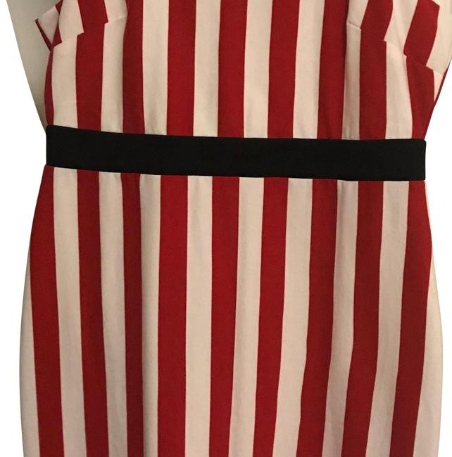 Item - Red and White with Black Band Detail Na Mid-length Short Casual Dress Size 18 (XL, Plus 0x)