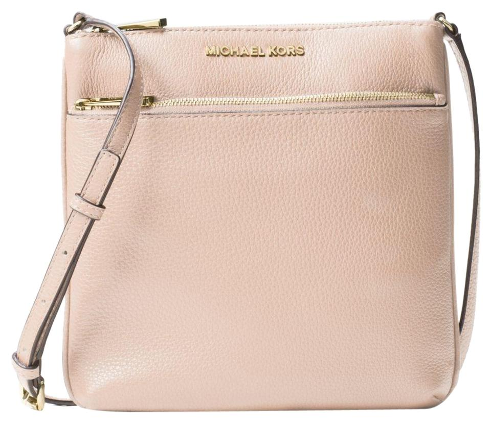 3563a6281d04c Michael Kors Riley Small Pebbled Soft Pink Leather Messenger Bag ...