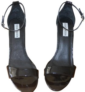 Steve Madden Sexy Comfortable Iconic Perfect Condition Black Patent Sandals