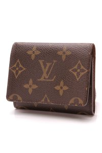 Louis Vuitton Louis Vuitton Business Card Holder Wallet - Monogram