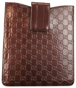 0acaef1d07c Gucci GG GUCCISSIMA BURGUNDY PATENT LEATHER IPAD TABLET CASE  256575