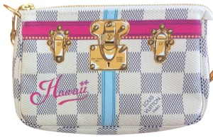 Louis Vuitton Hawaii Exclusive Wristlet