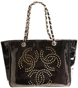 Chanel 2001 Hole Tote in Black