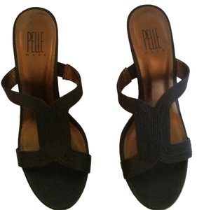 Pelle Moda Dark Brown Wedges