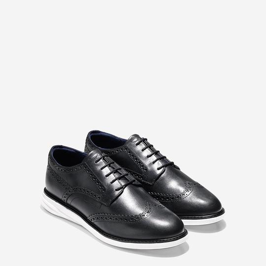 Cole Haan Black leather Flats Image 1