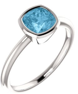 Apples of Gold BLUE ICE TOPAZ ANTIQUE-SQUARE BEZEL-SET RING IN STERLING SILVER