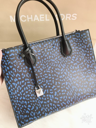 Michael Kors Tote in Multi Image 4
