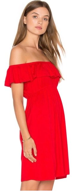 Item - Red Off The Shoulder Mid-length Short Casual Dress Size 4 (S)