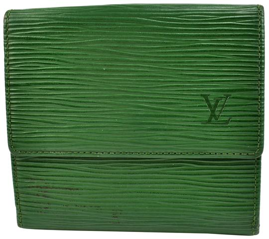 Preload https://img-static.tradesy.com/item/23690963/louis-vuitton-emerald-green-epi-leather-and-lv-logo-folding-pw-wallet-0-1-540-540.jpg