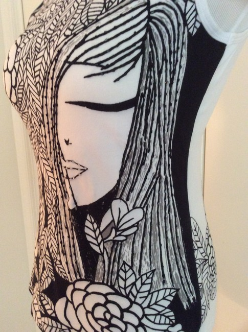 Cartise Beaded Front T Shirt Black & White Image 2