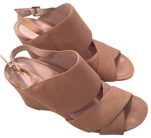 Kenneth Cole tan Sandals