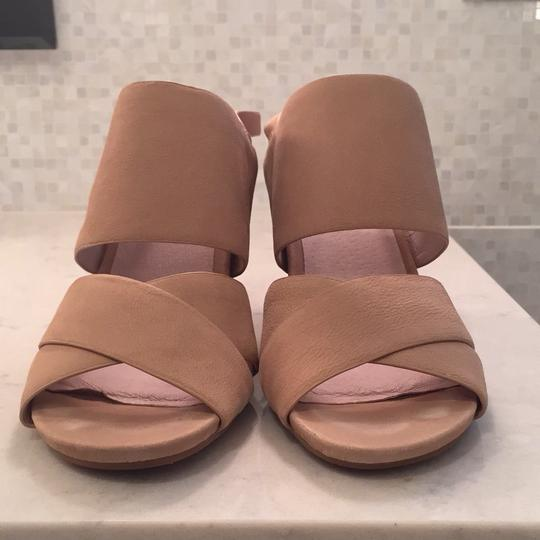 Kenneth Cole tan Sandals Image 5