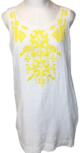 Preload https://img-static.tradesy.com/item/23691944/vineyard-vines-embroidered-front-mid-length-short-casual-dress-size-10-m-0-1-650-650.jpg