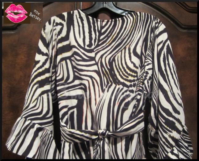Betsey Johnson Collarless V-neck Babydoll Style 3/4 Sleeve Empire Waist Zebra Print Top Multi-Color Brown Image 6
