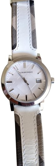 Burberry Bu9019 men's large check leather strip white dial Image 1