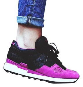 Saucony black and pink Athletic