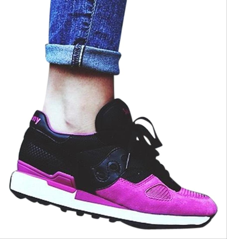 Saucony Black and Pink Shadow Sneakers 5000 Solebox Collaboration 2012 Sneakers Shadow 67e353