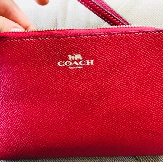 Coach Wristlet in Red Image 4
