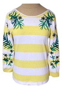 Juicy Couture T Shirt yellow and white