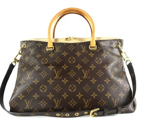 Louis Vuitton Pallas Totes - Up to 70% off at Tradesy (Page 3) 1d02162eac2fe
