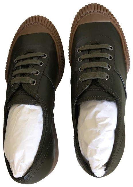 Item - Dark Green Cap-toe Leather Sneakers Size US 6.5 Regular (M, B)