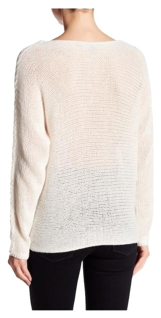 Preload https://img-static.tradesy.com/item/23693266/360-sweater-giselle-scoop-neck-cashmere-cream-46-sweater-0-5-650-650.jpg