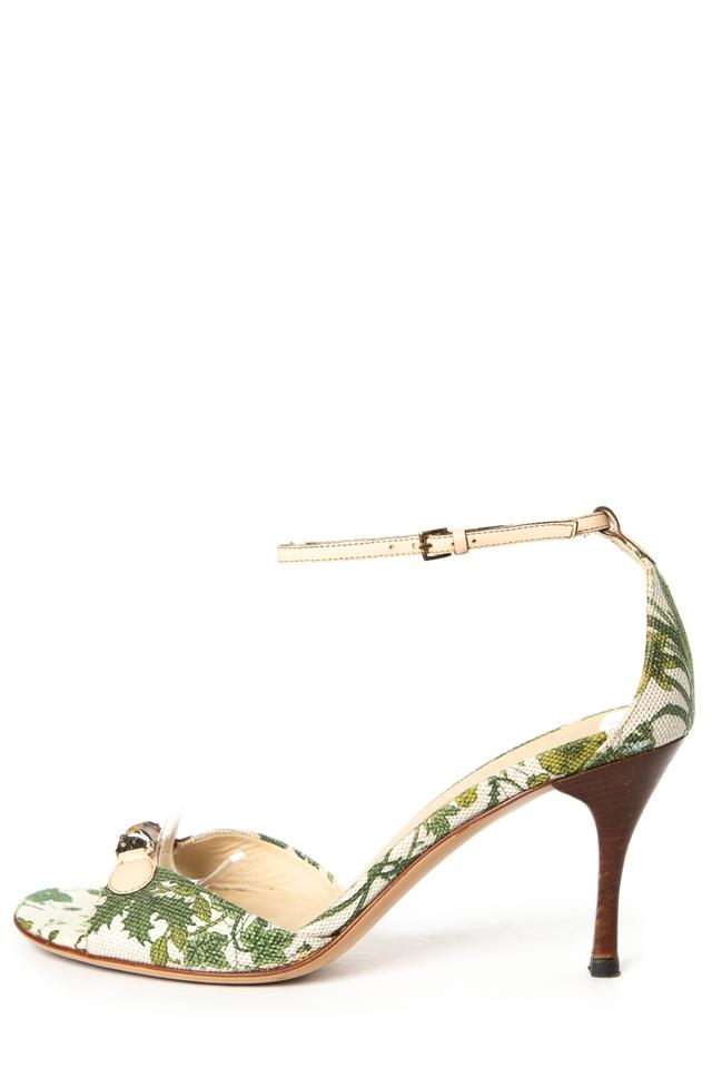 7ff89c3104d8 Gucci White   Green Floral Bamboo Sandals Size US 6.5 Regular (M